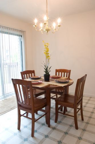 dining room in townhome