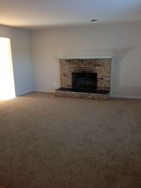 3 Bedroom Townhome Living Room