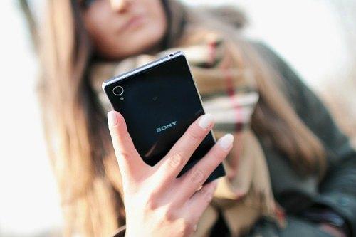 hand person smartphone