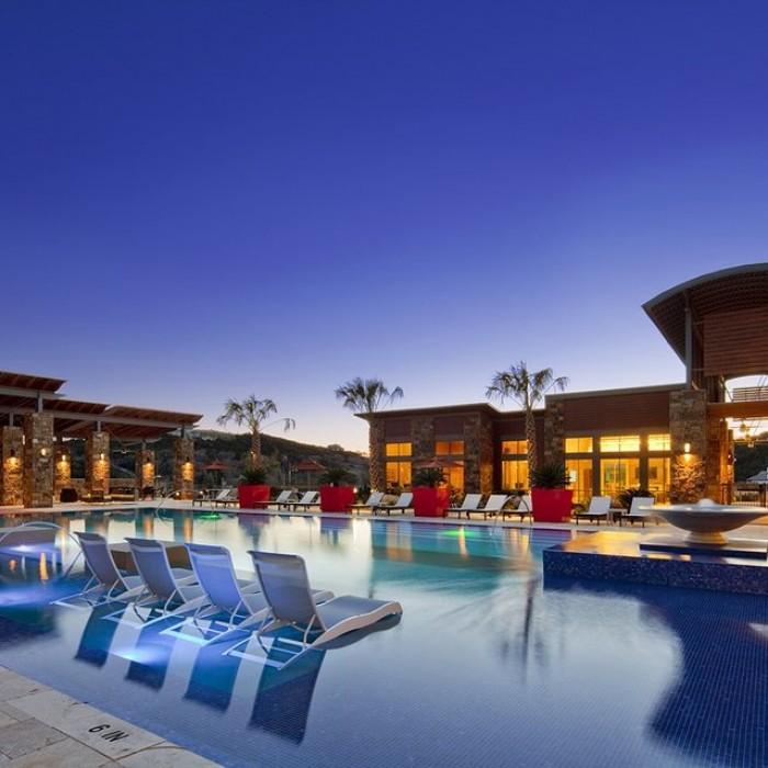 Marquis Cresta Bella Apartments In San Antonio, Texas