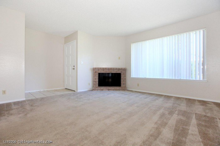 Providence Pointe apartments in Clovis, California