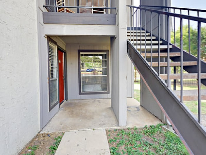 Cooper Park apartments in Arlington, Texas