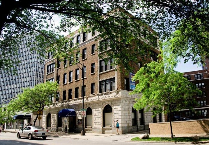 Beachwalk apartments in Chicago, Illinois