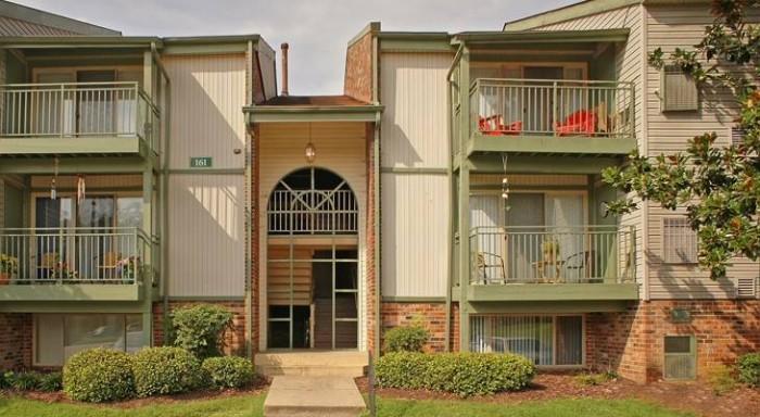 College Apartments in Williamsburg, VA | Williamsburg Apartments