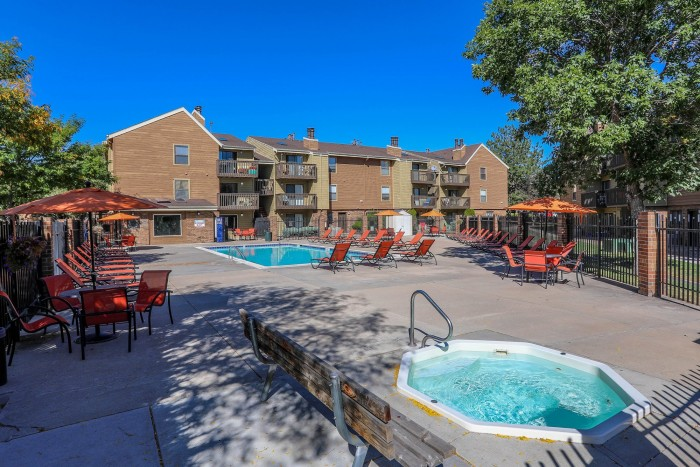 Silver Reef apartments in Lakewood, Colorado