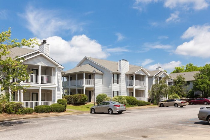 Arbor Station apartments in Montgomery, Alabama