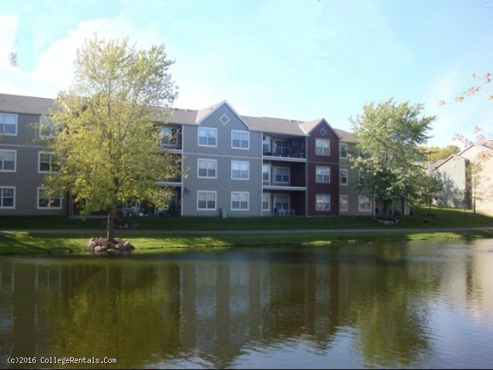 Parkers Lake Apartments