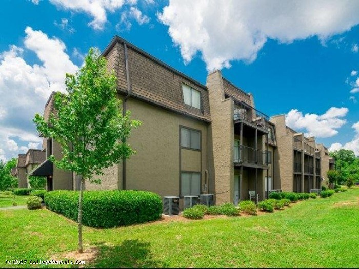 Woodland Square - Apartments for rent