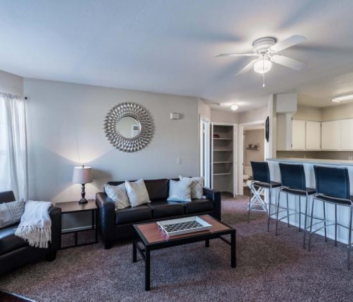 Free Apartment Listing Sites: College Edge At Bryan Apartments In Bryan, Texas