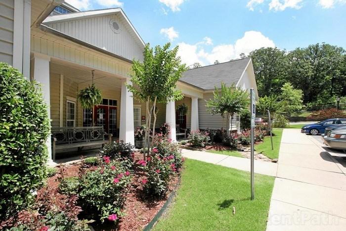 Wolf Creek apartments in Jonesboro, Arkansas