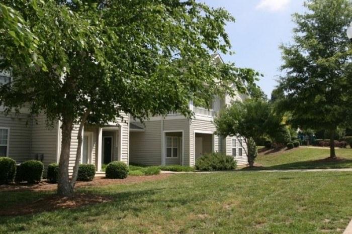 Madison Glen Apartments In Raleigh North Carolina