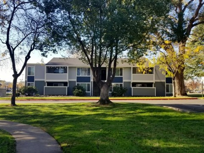 Glenbrook Apartments In Chico California
