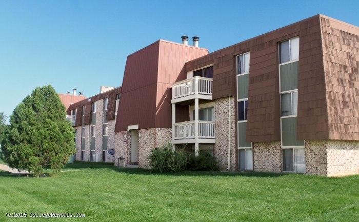 Legacy Crossing apartments in Omaha, Nebraska