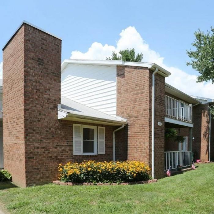 Apartments Evansville In: Devonshire Gardens Apartments In Evansville, Indiana