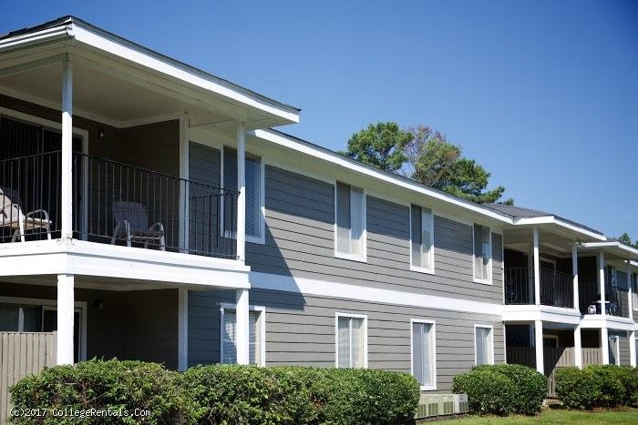 Village West Apartments Auburn Al
