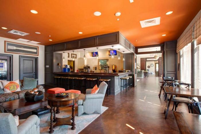 The Reserve Greensboro >> The Reserve At Greensboro Apartments In Greensboro North