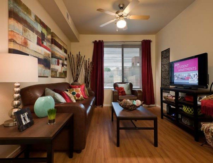 5 Living Rooms That Prove The Power Of Symmetry: Lobo Village Apartments In Albuquerque, New Mexico