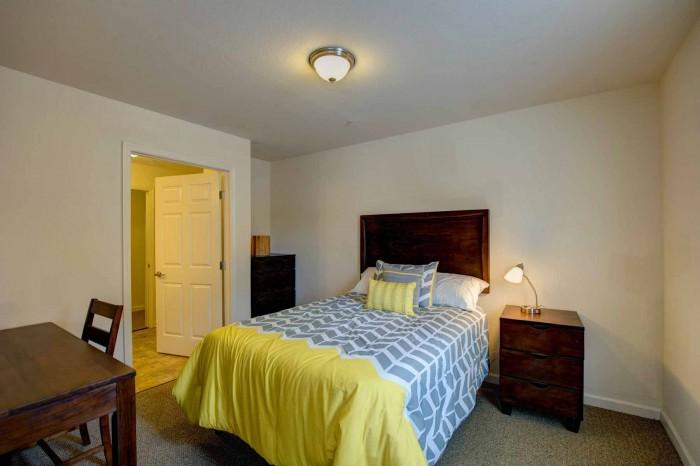 The Reserve Greensboro >> The Reserve At Greensboro Apartments In Greensboro North Carolina