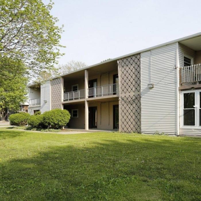 Student apartments in champaign il college rentals - 1 bedroom apartments in champaign il ...