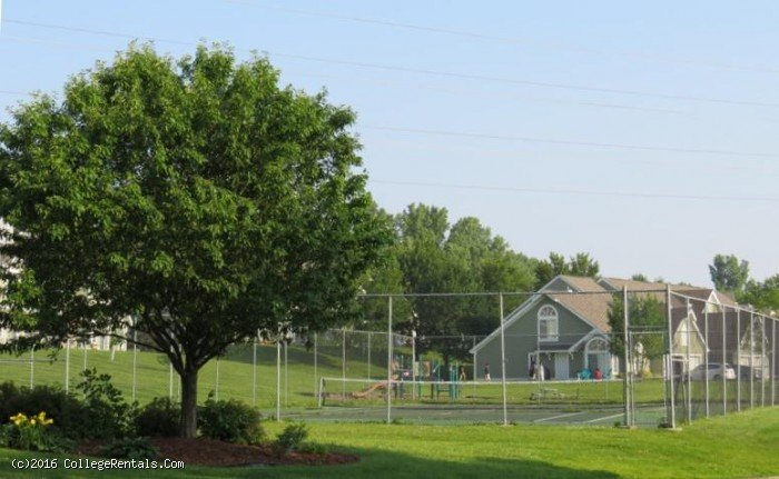 Woodlane Place Townhomes apartments in Woodbury, Minnesota