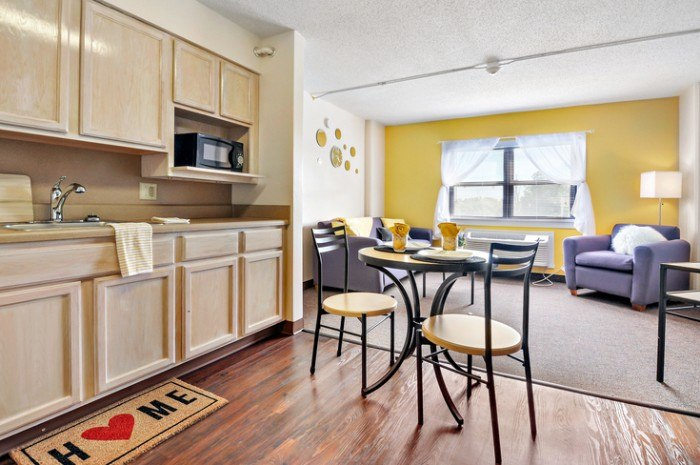 Campus Towers apartments in Greenville, North Carolina