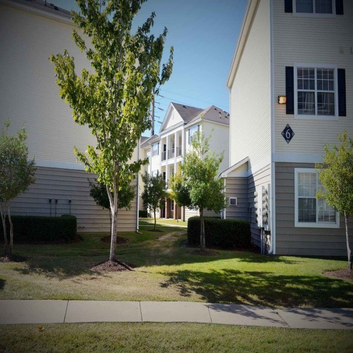 The Palisades At Jaguar City Apartments In Baton Rouge