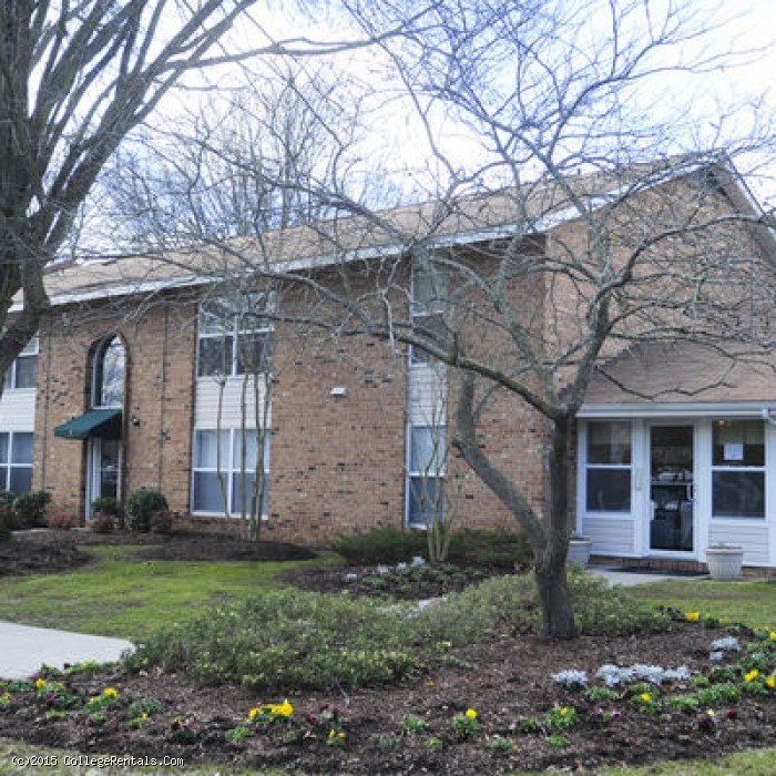 Olde Jamestowne Apartments In Williamsburg Virginia