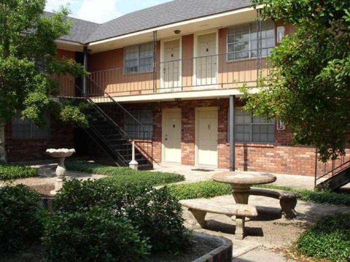 Williamsburg apartments in Baton Rouge, Louisiana