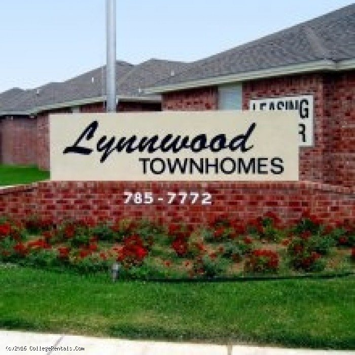 Apartments In Lubbock For Students: Lynnwood Townhomes Apartments In Lubbock, Texas