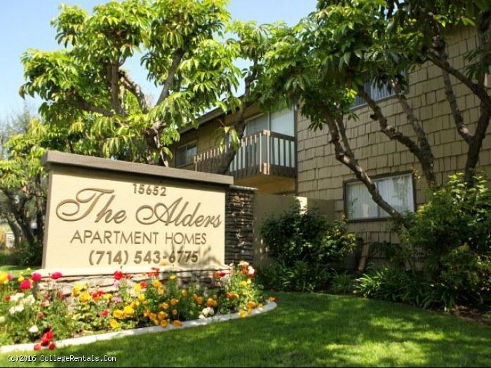 Alders apartments in tustin california for 3 bedroom apartments in tustin ca