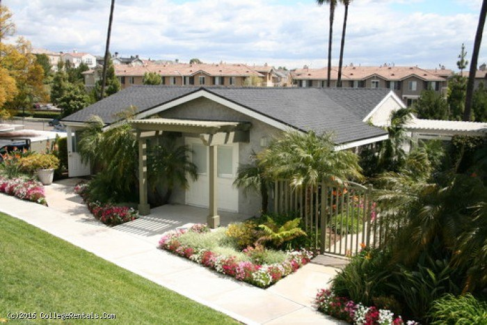 Fullerton Hills apartments in Fullerton, California
