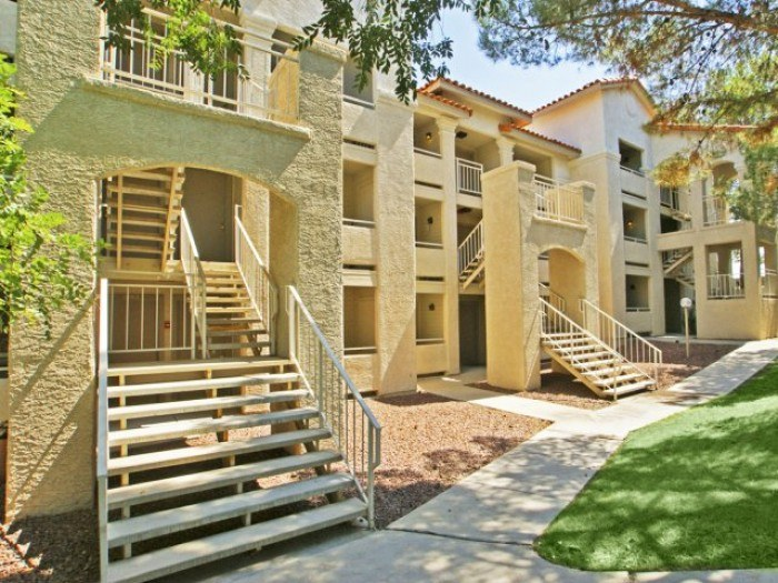 Hilands Apartments In Tucson Arizona