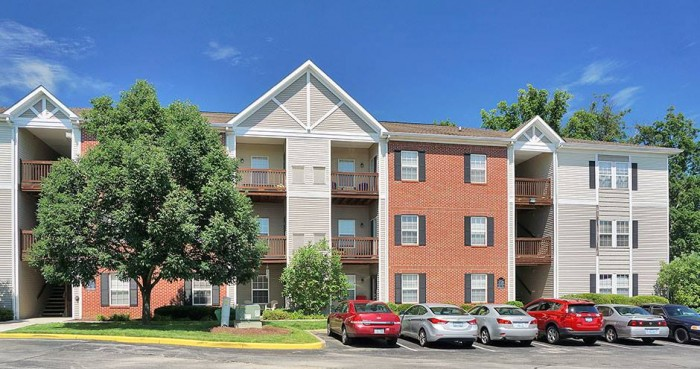 Renaissance St Andrews apartments in Louisville, Kentucky