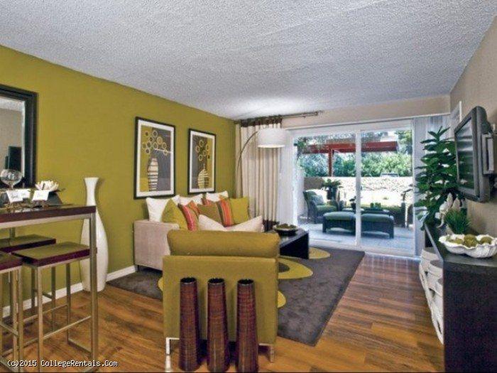 Scottsdale gateway apartments in tempe arizona for 3 bedroom apartments in scottsdale
