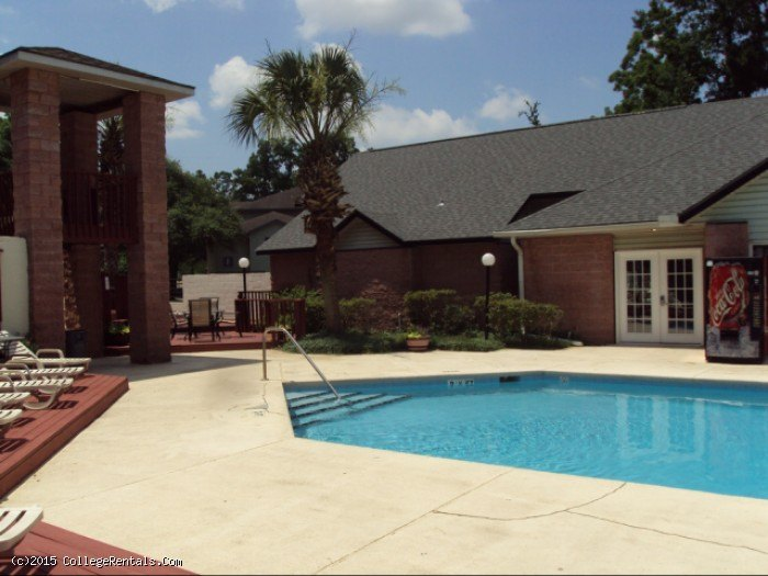 The Meridian Apartments In Tallahassee Florida
