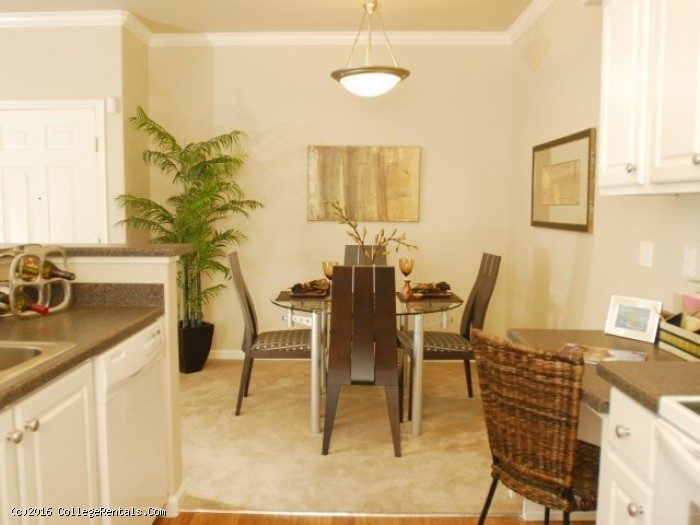 Villas At Villaggio Apartments In Modesto California