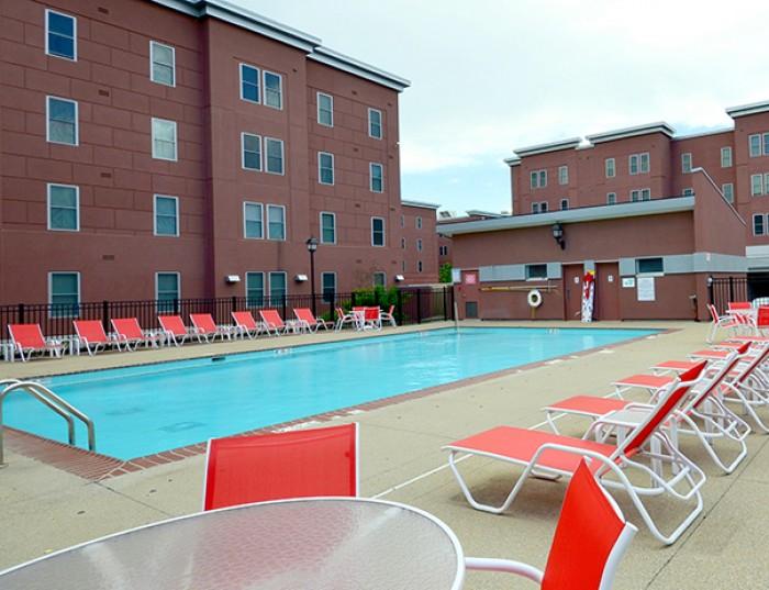 Cardinal towne apartments in louisville kentucky - University of louisville swimming pool ...