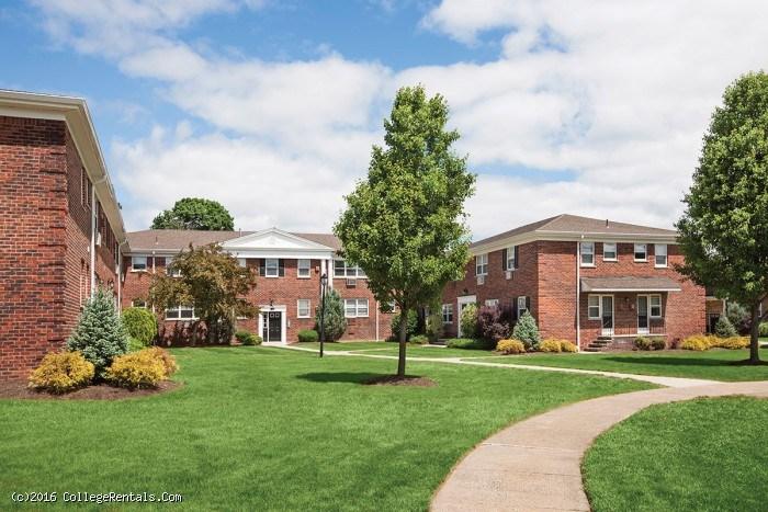 Wayne Village Apartments In Wayne New Jersey