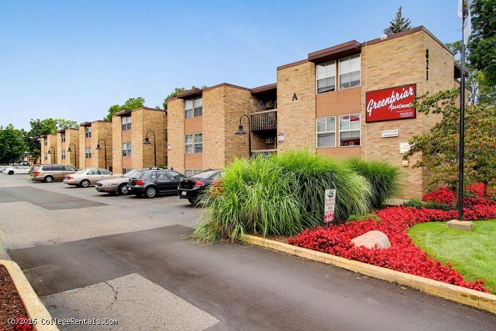 Greenbriar apartments in Kalamazoo, Michigan