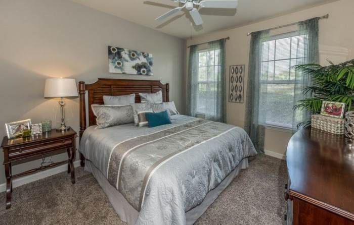 Towncenter at Lakeside Village apartments in Lakeland, Florida