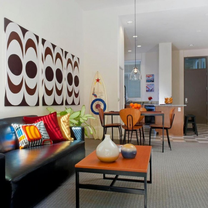 Paseo Apartments: Paseo Place Apartments In San Diego, California