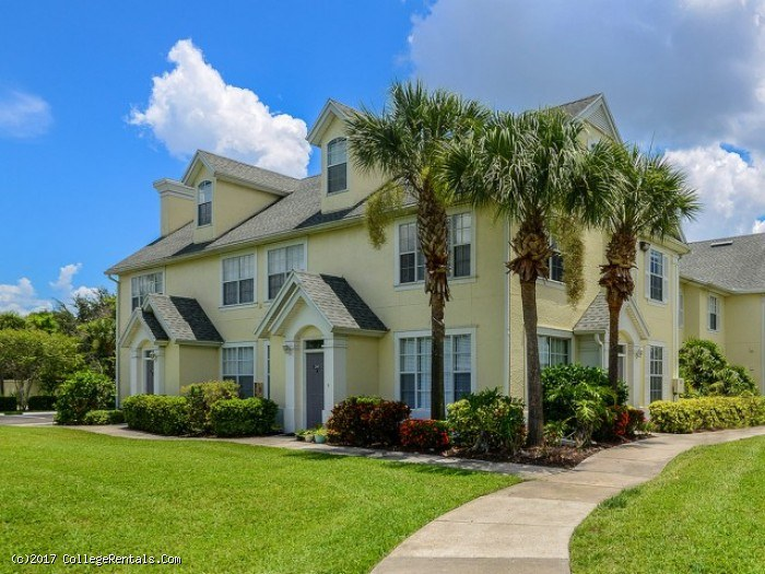 College Apartments in Fort Myers, FL | Fort Myers Apartments