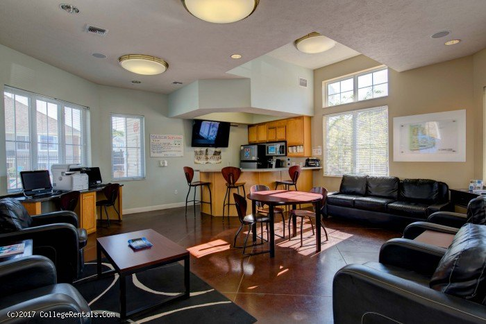 Campus court at knollwood apartments in kalamazoo michigan - 2 bedroom apartments kalamazoo mi ...