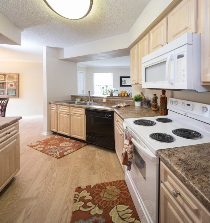 Apartments In Plano Tx: The Wellington At Willow Bend Apartments In Plano, Texas