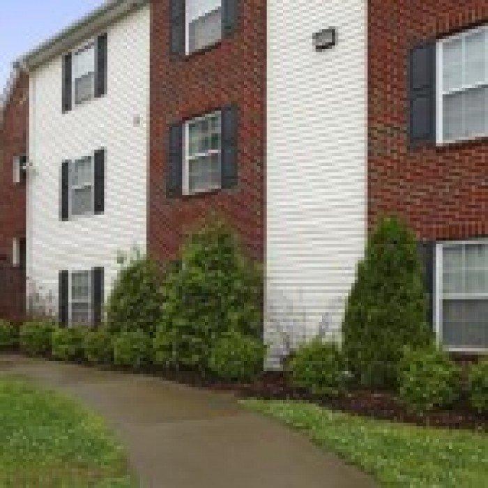 Campus East Apartments In Greensboro, North Carolina