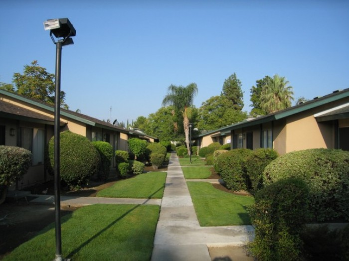 Cameron Park apartments in Fresno, California