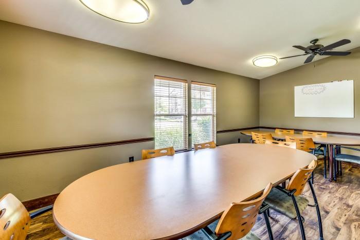 All Utilities Included Apartments Rent >> Campus Lodge Columbia apartments in Columbia, Missouri