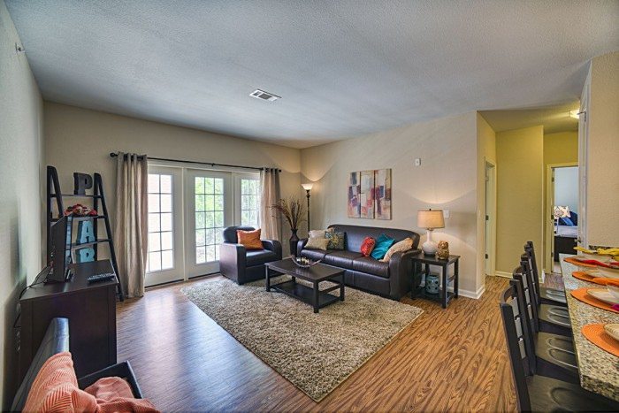 The park on morton apartments in bloomington indiana - 4 bedroom apartments bloomington in ...