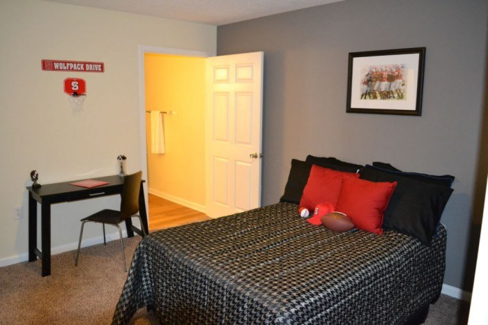 Centennial ridge and village apartments in raleigh north - 3 bedroom apartments for rent in raleigh nc ...