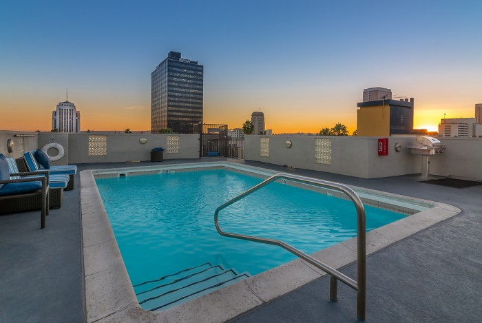 Miracle Mile apartments in Los Angeles, California